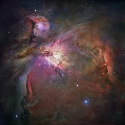 Der Orion-Nebel - sieht hübsch aus; ist aber im wesentlich ein Vakuum (Bild: NASA/ESA, hier gibts ne größere Version)