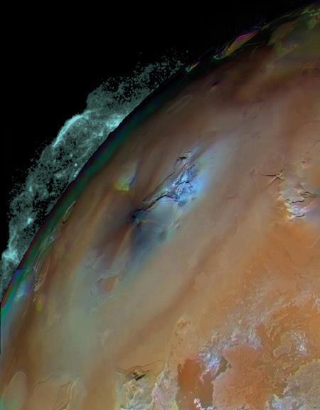 Ausbruch des Vulkans Pele auf Io (Bild: NASA / JPL / USGS)