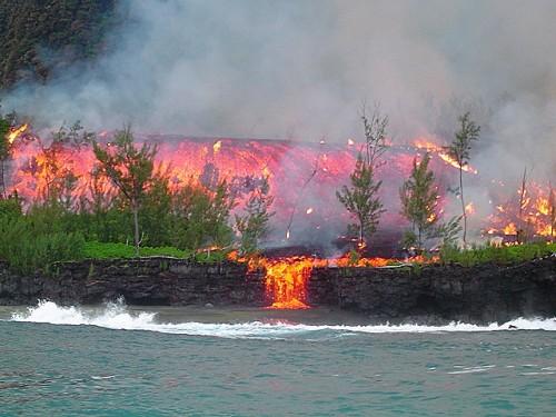 Vulkanausbruch auf La Réunion (Bild: Samuel Hoarau, CC-BY-SA 3.0)