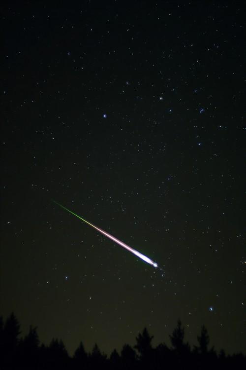 Eine sehr große Sternschnuppe (Bild: Navicore, CC-BY 3.0)