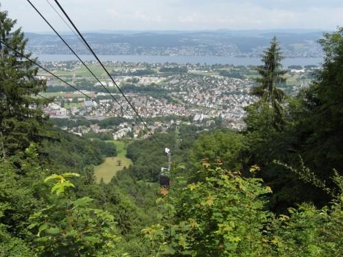 Abwärts: Luftseilbahn Adliswil-Felsenegg