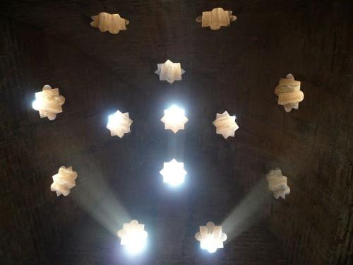 Licht: Nicht nur schön, sondern auch fundamental (Bild: Lars Plougmann, CC-BY-SA 2.0)
