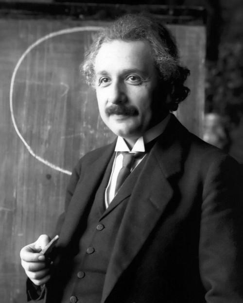 Einstein kann sich freuen! (Bild: Public Domain)