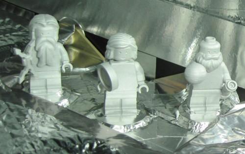 JUNO ist die erste Raumsonde mit einer Mannschaft aus Lego-Figuren: der römische Gott Jupiter, seine Frau Juno und Galileo Galilei (Bild: NASA)