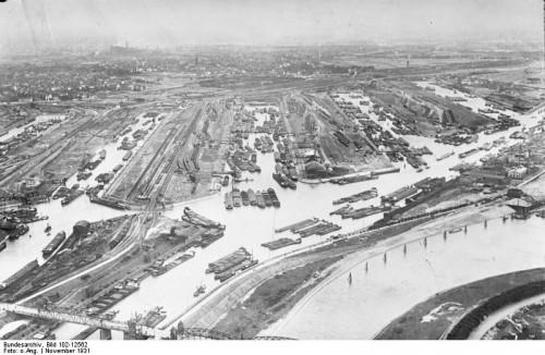 Duisburg hat ja sogar nen Hafen! (Bild: Bundesarchiv, Bild 102-12562 / CC-BY-SA 3.0)