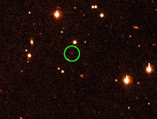 Sedna ist so weit entfernt, dass man nur einen winzigen Lichtpunkt erkennen kann (Bild: NASA)