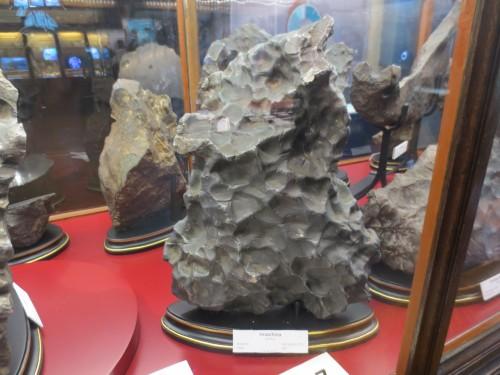 Metall-Meteorite kommen aus dem Inneren von toten Planeten!