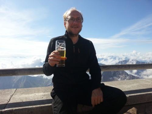 Auf der Zugspitze trinke ich lieber Bier anstatt heißem Wasser...