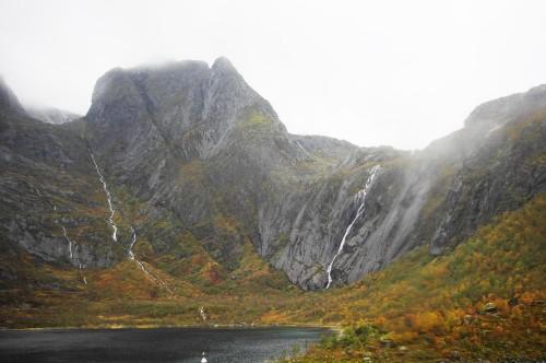typische Felsenlandschaft im Raftsund.