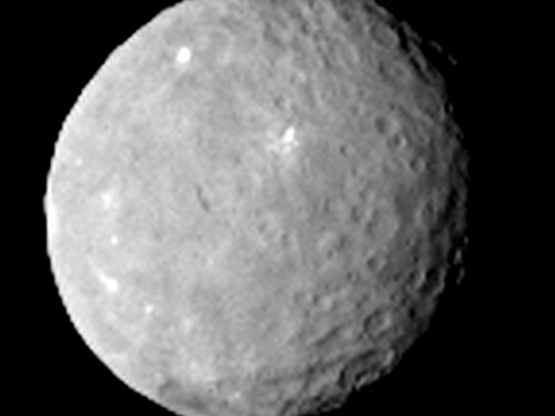 Ceres Bild: NASA/JPL-Caltech/UCLA/MPS/DLR/IDA