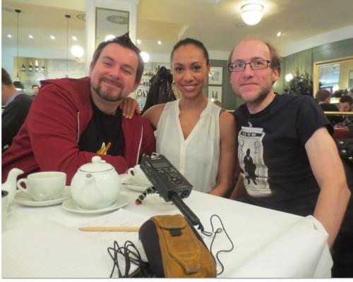 André Lampe, Yasmine Blair und ich am 7. Dezember 2014 in Berlin beim Interview