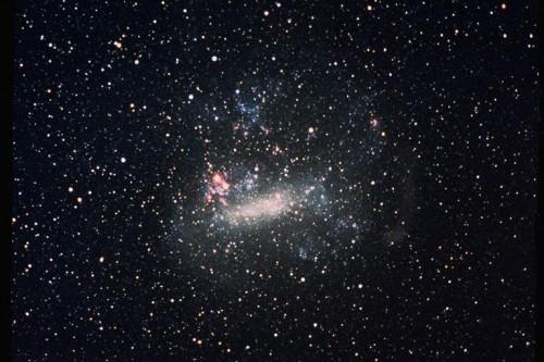 Die große Magellansche Wolke; eine Zwerggalaxie in der Nachbarschaft der Milchstraße (Bild: NASA)