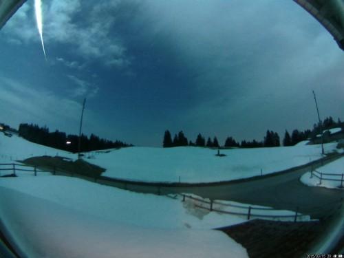 Der Meteor am Himmel über der Schweiz (Copyright: Kachelmann GmbH/Mark Vornhusen)