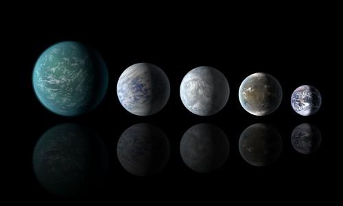 Die Erde (rechts) und ein paar künstlerische Darstellungen bekannter Supererden (Bild: NASA Ames/JPL-Caltech)