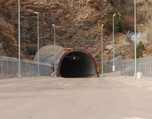 Ob das Stargate vielleicht tatsächlich da drin ist? Erich von Däniken weiß es sicher... (Bild: public domain)