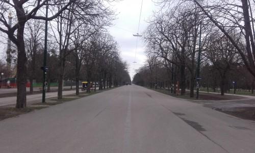 Die Prater-Hauptalle: 4 Kilometer schnurgerade Langweile...