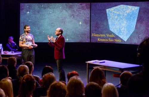 Wissenschaft erklären macht Spaß! Bild: ORF/Hubert Mican