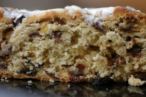Auch wenn es verlockend ist, sich nur die Rosinen herauszupicken: In der Wissenschaft wird immer der ganze Kuchen gegessen. Egal ob er schmeckt. Bild: Rene Schwletzke, CC-BY 2.0)