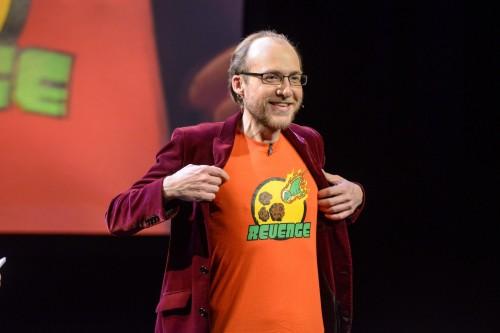 Ich bin Asteroiden-Fan! (Und das nächste Mal könnt ihr mich im Fernsehen übrigens am 31. Juli 2018 auf 3sat über Asteroiden reden hören) (Bild: ORF/Hubert Mican)