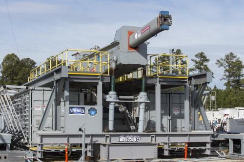 Pff. Mit der Mini-Railgun passiert gar nix! (Bild: US Navy, gemeinfrei)