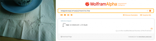 Wenn man nicht weiter weiß, hilft manchmal ein Blick ins Buch oder ins Internet. Aber auch wolfram|alpha kann nicht jedes Problem lösen (probiert es doch mal mit anderen Teilen dieses Integrals). (selbstgemacht, Screenshot von wolframalpha.com)
