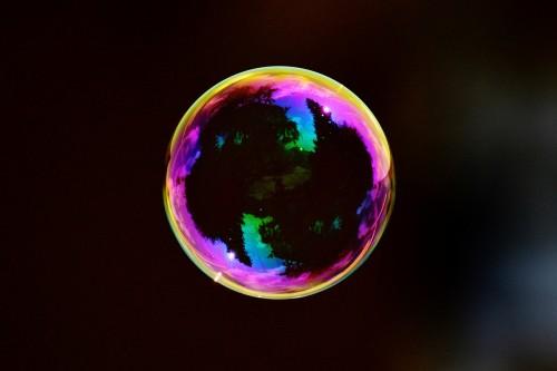 Der Regenbogen auf der Seifenblase (Bild: Pixabay, CC0 Creative Commons)