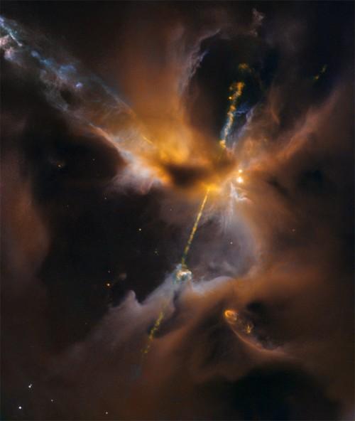 "Herbig-Haro-Objekt 24 (""Bild: ESA/Hubble & NASA, D. Padgett (GSFC), T. Megeath (University of Toledo), and B. Reipurth (University of Hawaii))"