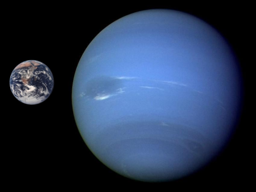 Größenvergleich Erde und Neptun (Bild: NASA, public domain)