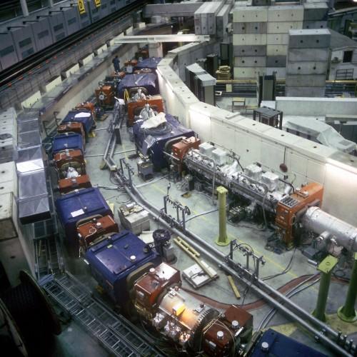 Anti-Protonen-Sammeleinrichtung des CERN (Bild: CERN PhotoLab, CC-BY 4.0)