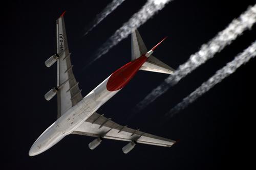i-35605b286ca79706fbefc791ff7a38f3-Qantas_Boeing_747-400_VH-OJU_over_Starbeyevo_Kustov-thumb-500x333.jpg