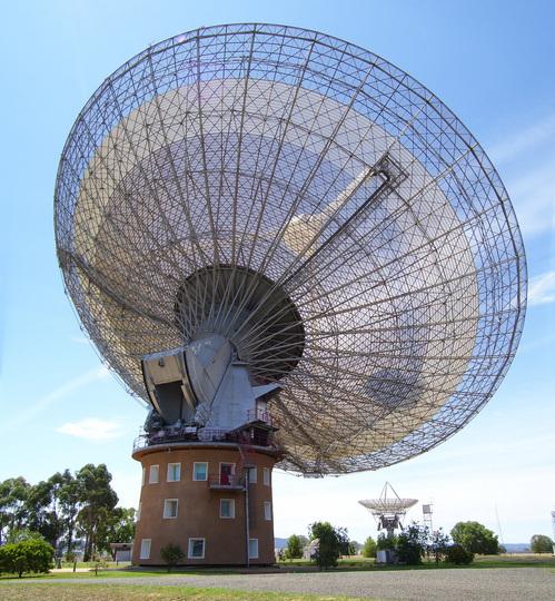 i-3f8df292143c08429349043c1e4a312f-Parkes_Radio_Telescope_09-thumb-500x540.jpg