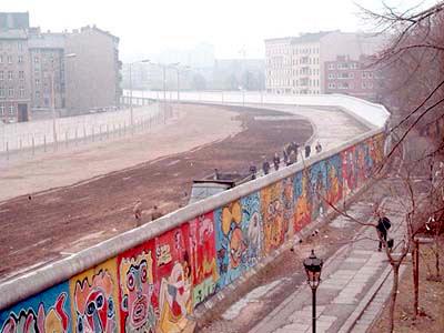 i-403eaee9c93fe068205929c0163eb658-Berlinermauer.jpg