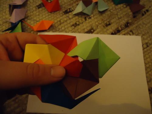 i-493794b0e8f867d367649ab220fcb015-origami18-thumb-500x375.jpg