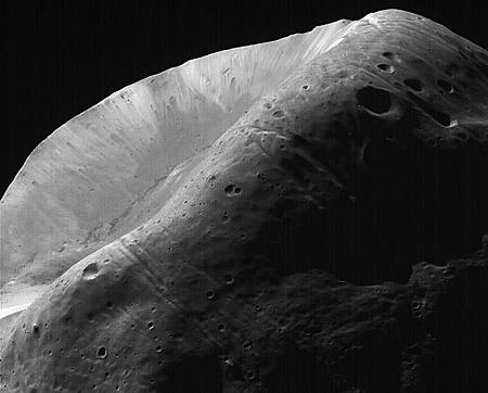 i-49da4991e2504edf2e5097527e39eb2c-Phobos_stickney.jpg