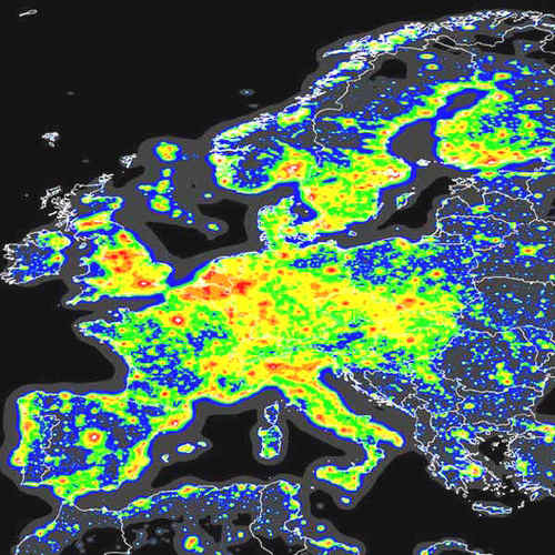 i-60b43dd25b3e60e2f83e1d7519a2deb1-light_pollution_europe-thumb-500x500.jpg