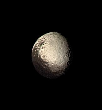 i-a2d12815fcc20b32bac182c38ca1331b-Iapetus_by_Voyager_2.jpg