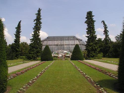 i-d746a7c61f81be1b6ff00b66e9fe0852-2006-07-07_Botanischer_Garten_Italienischer_Garten-thumb-500x375.jpg