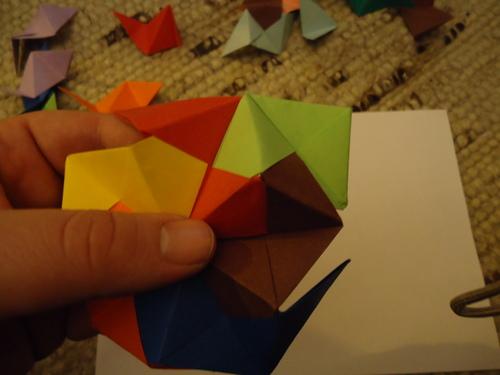 i-fb89de9278128942be299bd5e6a3a3a1-origami19-thumb-500x375.jpg