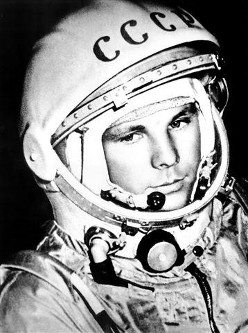 Gagarin oder Armstrong  wer war wichtiger  Astrodicticum Simplex