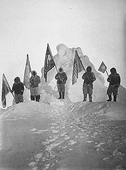 i-4dce007b1a1307ff608adce0ad2ee0db-Peary_Sledge_Party_and_Flags_at_the_Pole_-thumb-512x689.jpg