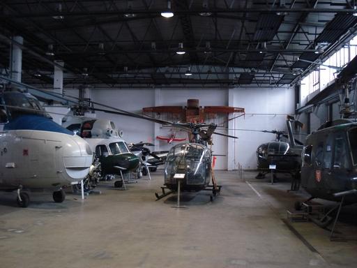 i-d983a0dcd58ee5c93600a7069704cd1c-Hubschraubermuseum-thumb-512x384.jpg