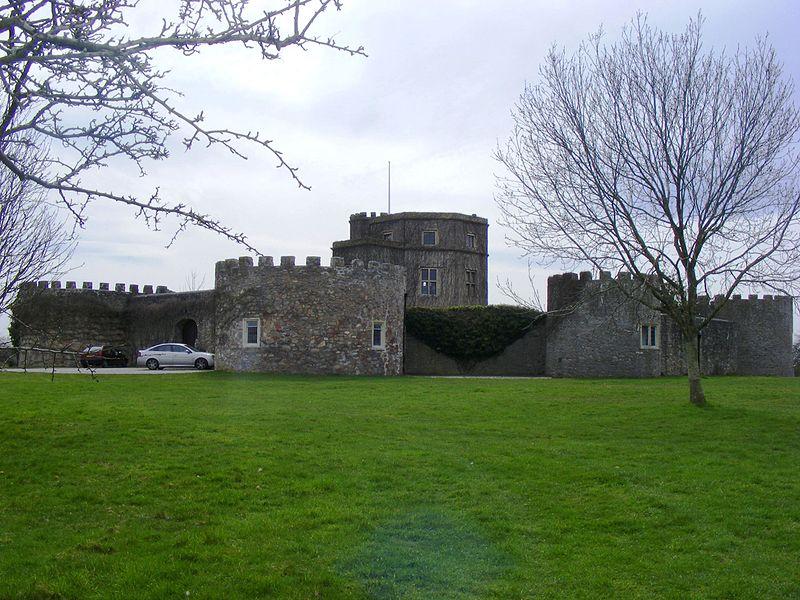 Walton-Castle