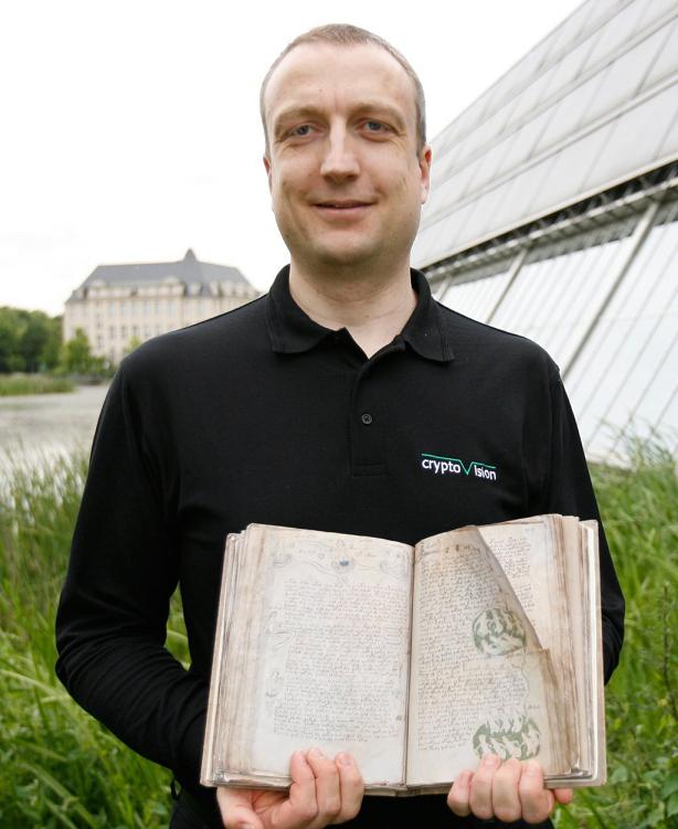 Klaus-Voynich-2