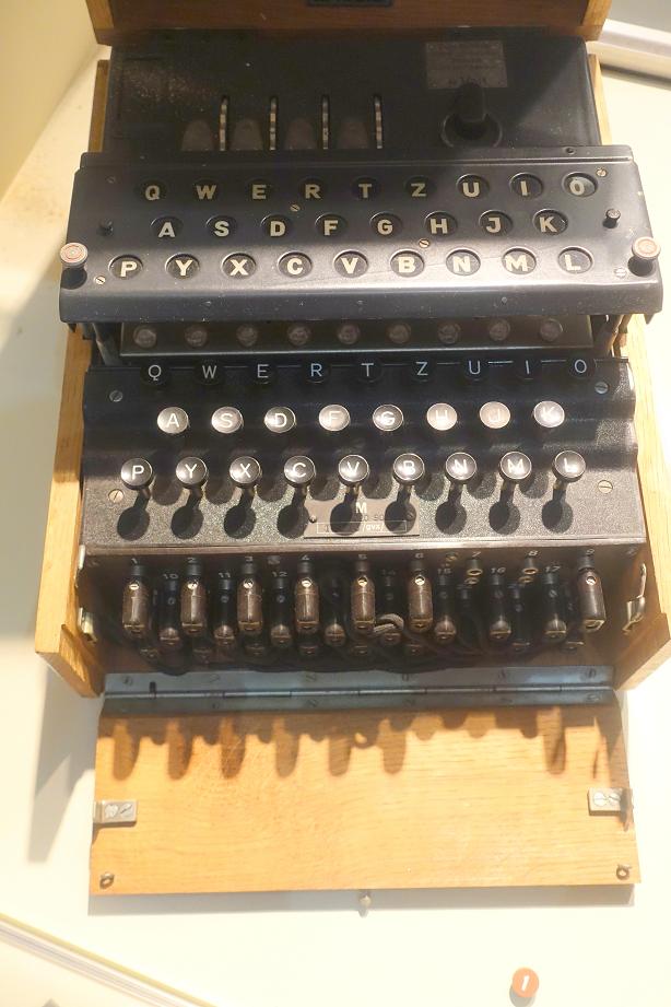 Enigma-M4-2