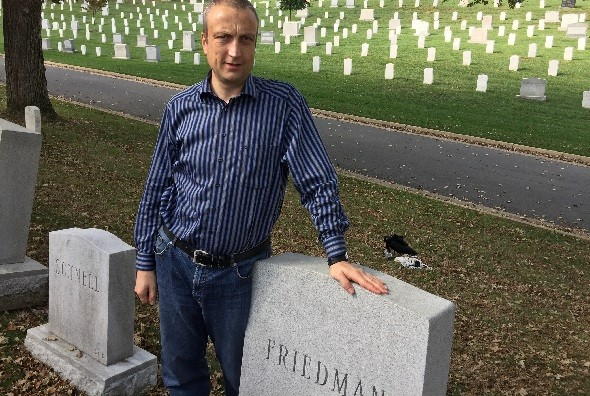 Friedman-Grave-bar