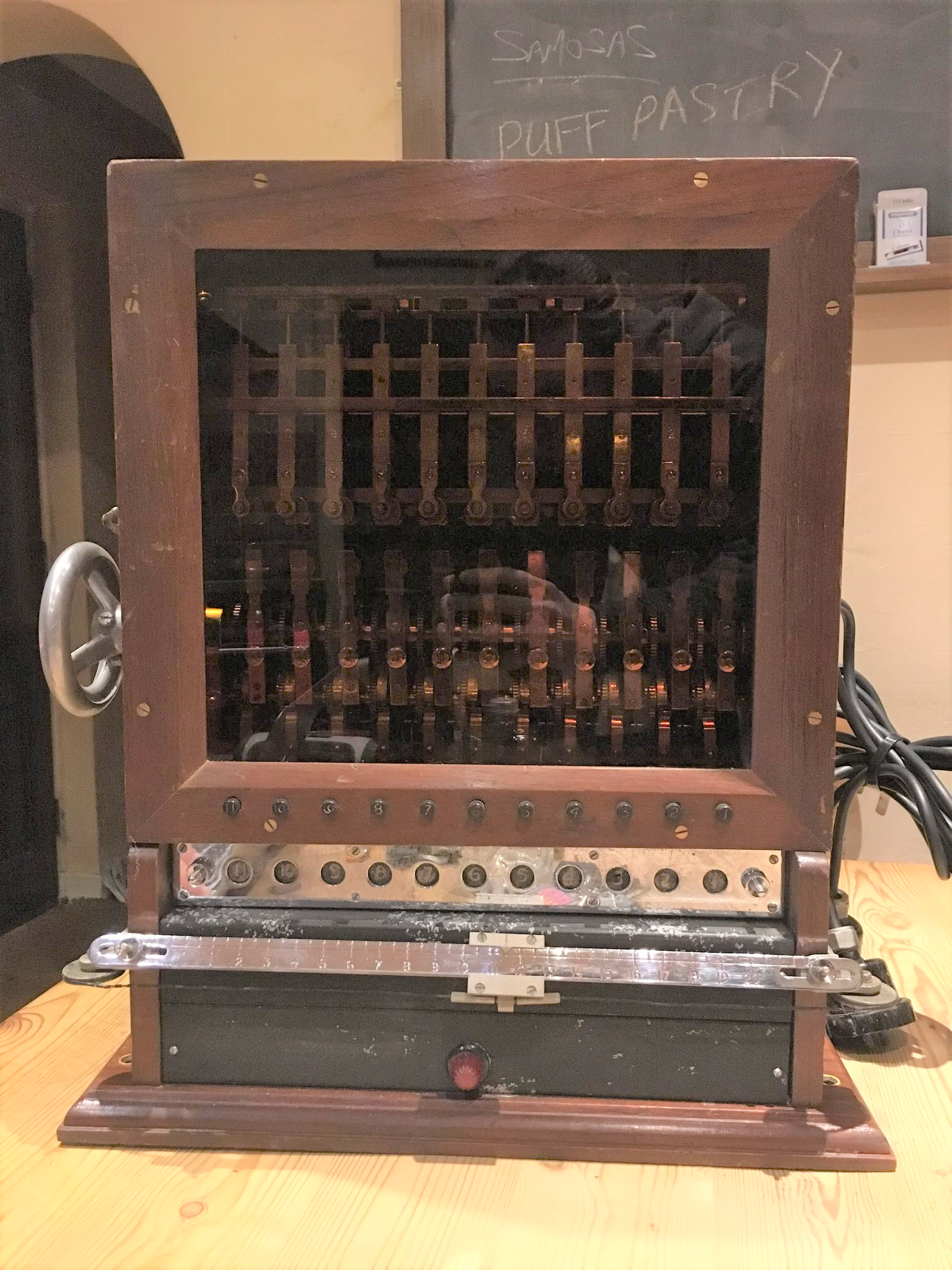 Unknown-Cipher-Machine-Reddit