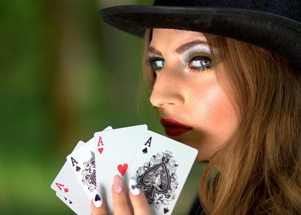 Cards-bar