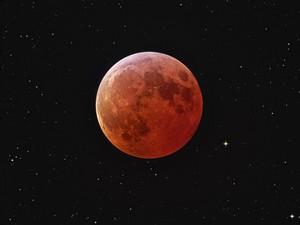 i-0c1dbd517552ba4d02c3fe48d1e7e1cc-lunar_eclipse-thumb-300x225.jpg