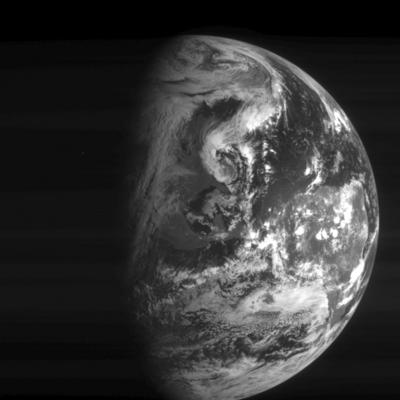 i-3877207e305c1c1635506a2c3c2df0de-Rosetta_Earth_navcam-thumb-400x400.jpg