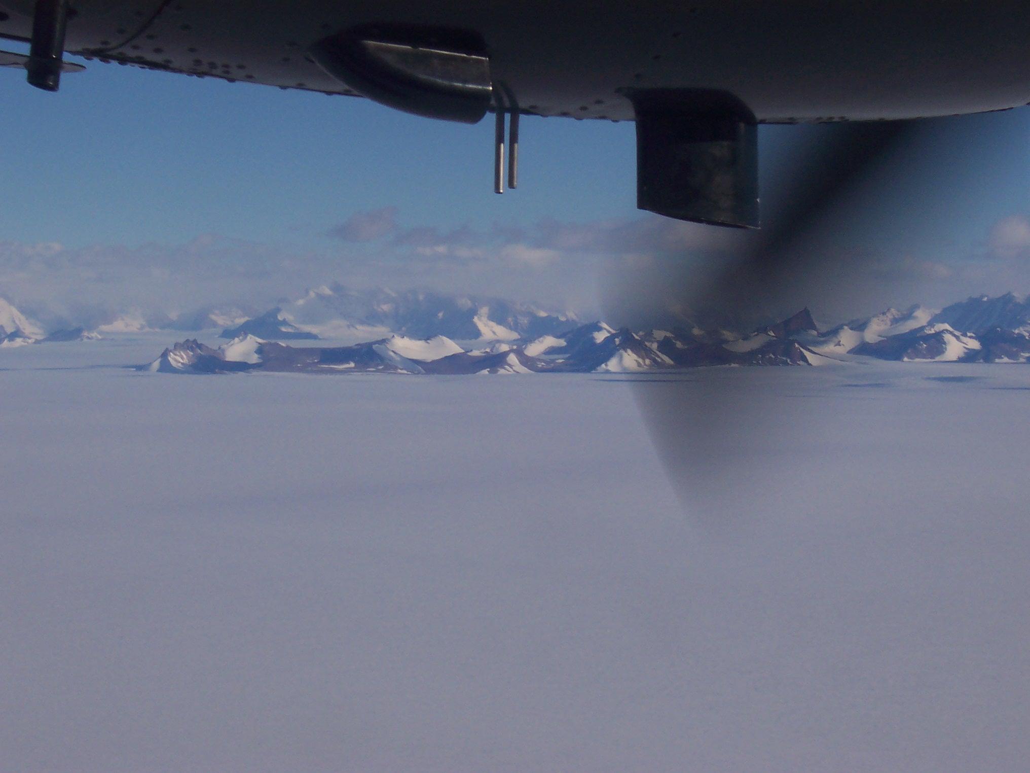 i-561da8755e820d8f5380929d3c6f1997-Flugzeug.jpg